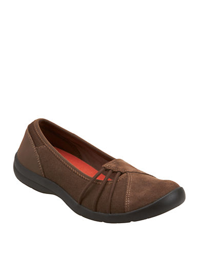 EASY SPIRIT Kaali Suede Flats
