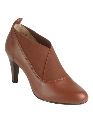 CIRCA JOAN & DAVID Helena Shooties