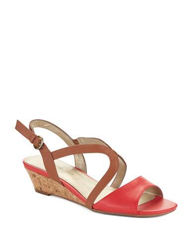 BANDOLINOGrayson Wedge Sandals