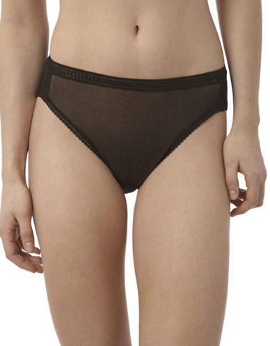 ON GOSSAMER Mesh Brief
