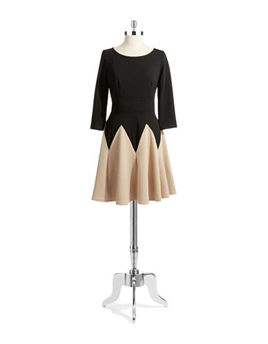 GABBY SKYEColorblocked Knit Dress
