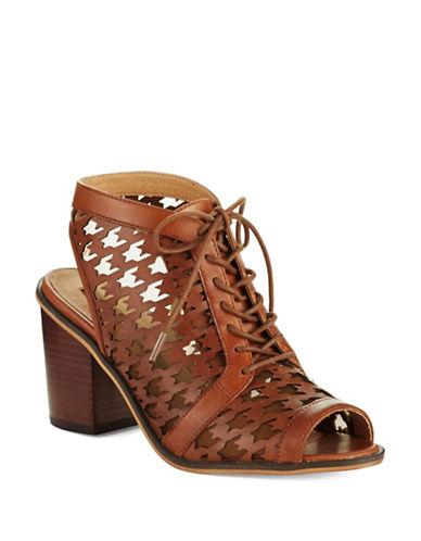 KENSIEClarke Houndstooth Shoes