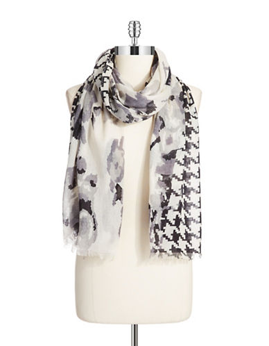LORD & TAYLORHoundstooth Patterned Scarf