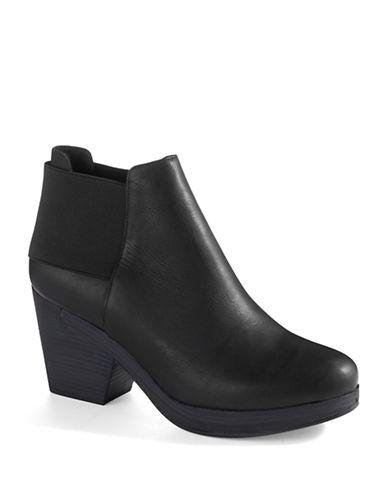 EILEEN FISHERCloud Boots
