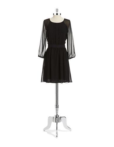 JESSICA SIMPSONLong Sleeved Chiffon Dress
