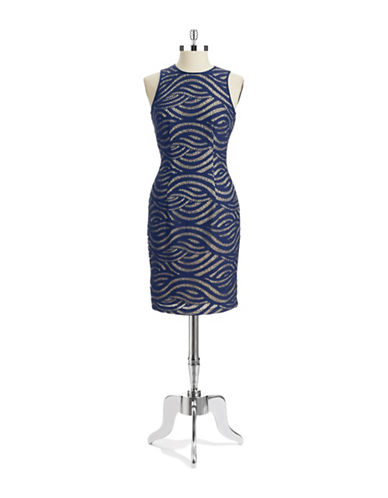 MAGGY LONDONSwirl Lace Dress