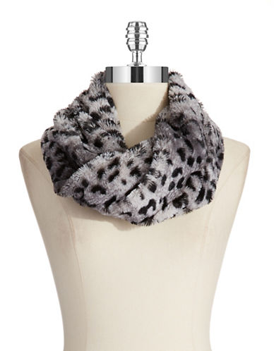 STEVE MADDEN Leopard Print Cowl Scarf