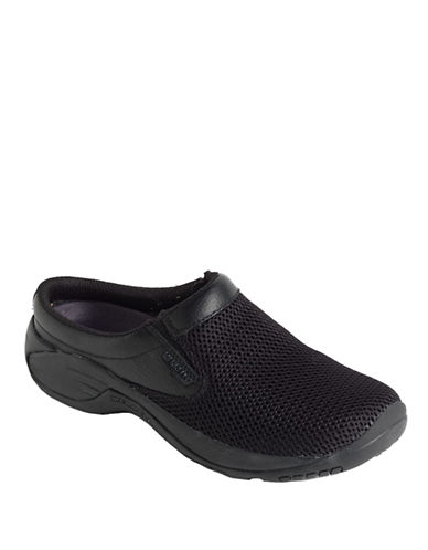 merrell female encore bypass leather clogs
