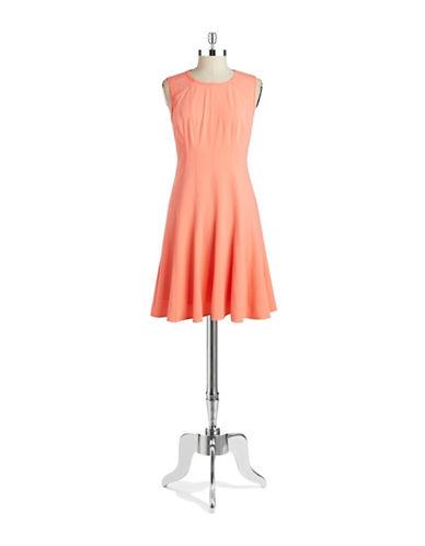 a58f6b385174d Tahari Wear To Work UPC & Barcode | upcitemdb.com