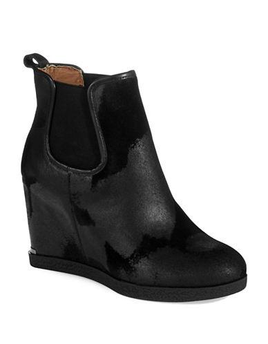 DONALD J. PLINERDillon Vintage Suede Boots