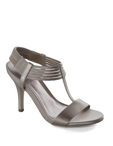 KENNETH COLE REACTIONKnow Way Satin T-Strap Shoes