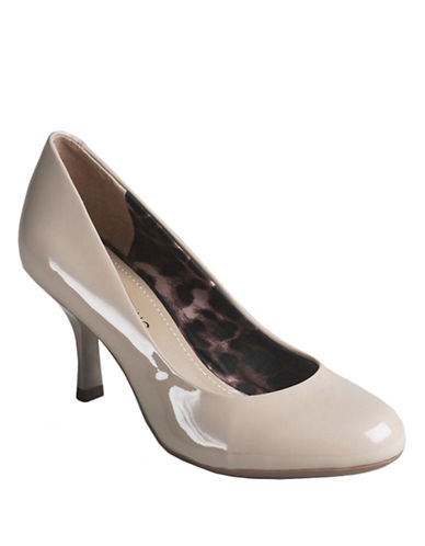 ARTURO CHIANG Noemy Patent Leather Pumps