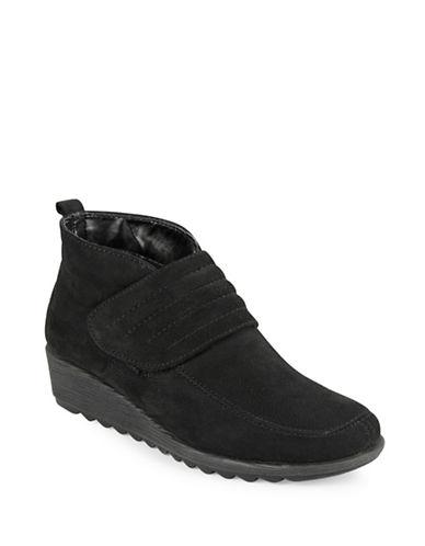 THE FLEXXRun A Lot Ankle Boots