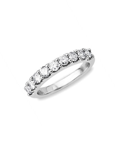 LORD & TAYLOR14 Kt. White Gold Diamond Band