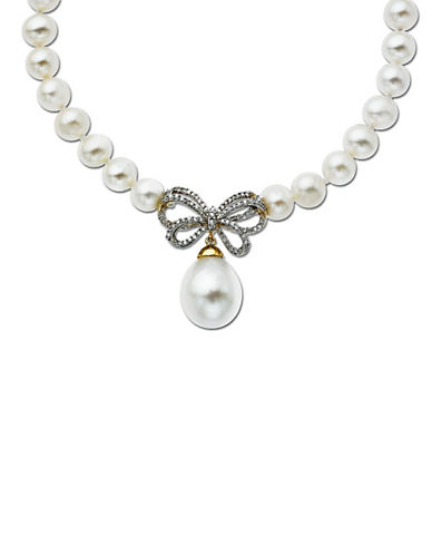 LORD & TAYLORPearl and Diamond Butterfly Necklace 10MM x 12MM