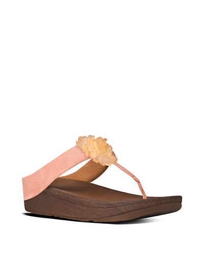 b72709d3f61 UPC 883945804571. ZOOM. UPC 883945804571 has following Product Name  Variations  Fit Flop Blossom Ii Thong Sandals Flamingo