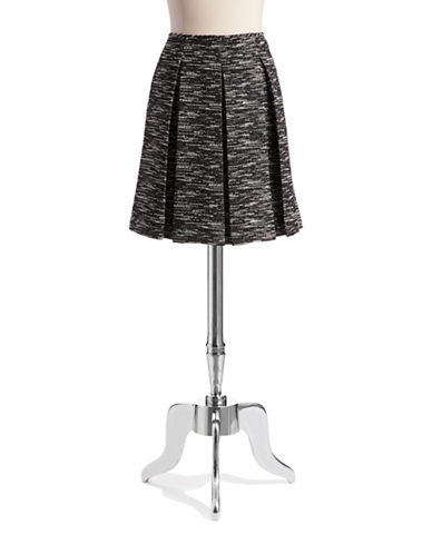 TAHARI ARTHUR S. LEVINETweed Pleated Skirt
