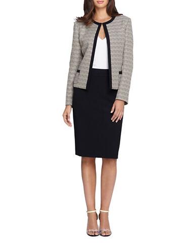 tahari arthur s levine female 123917 petite boucle jacket and skirt suit