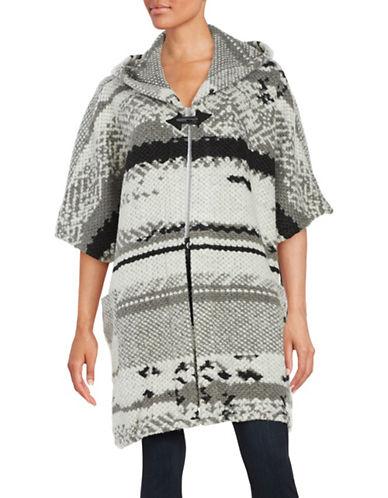 bb dakota female  patterned hooded poncho