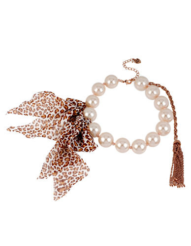 BETSEY JOHNSONFaux Pearl and Leopard Print Bow Necklace