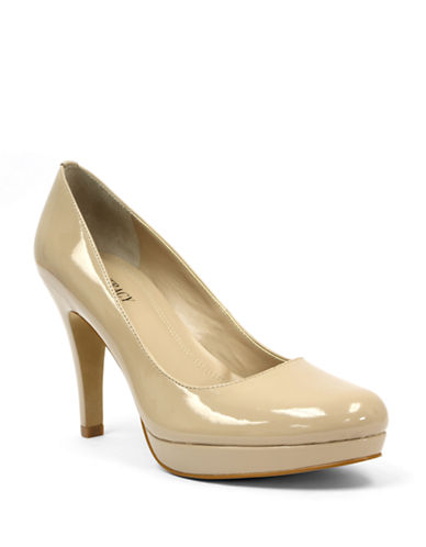 ELLEN TRACY Patton Pumps
