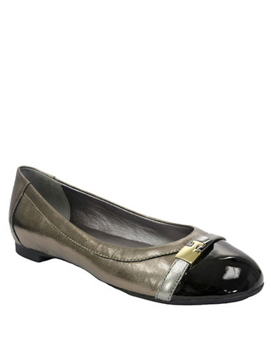 TAHARI Primo Metallic Leather Flats