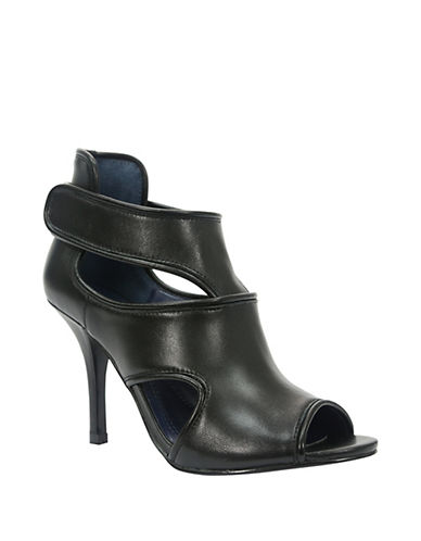 TAHARI Lalla Leather Stilettos
