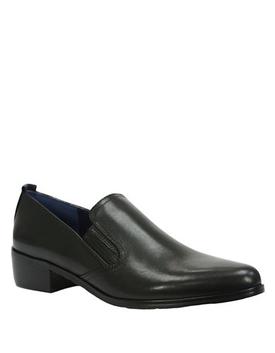 TAHARI Thelma Leather Loafers