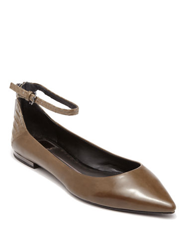 DOLCE VITAAngie Pointed Toe Flats