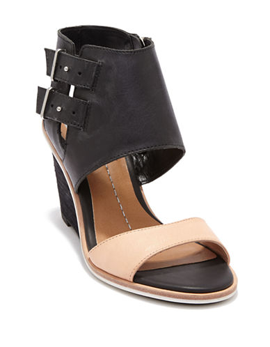 DV BY DOLCE VITACambria Sandal Wedges