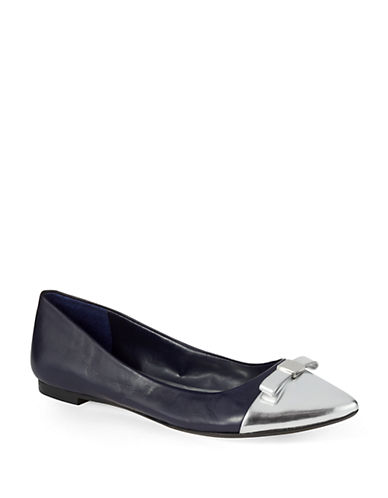 424 FIFTH Arlo Leather Flats