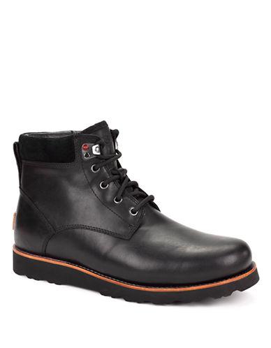 UGG AUSTRALIAMens Seton Leather Ankle Boots