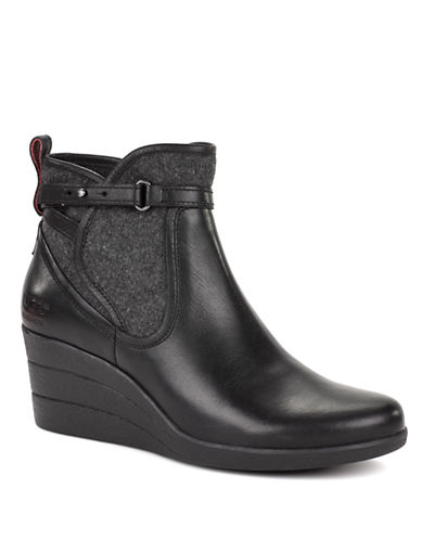 UGG AUSTRALIALadies Emalie Water Resistant Full Grain Leather Tall Boot