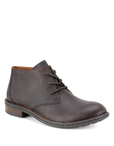 BORN SHOE Twain Leather Chukka Boots
