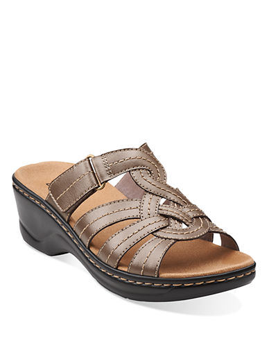 CLARKS Lexi Dill Wedge Sandals