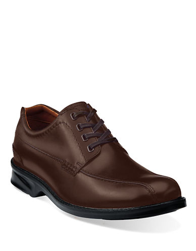 CLARKS Colson Leather Oxfords