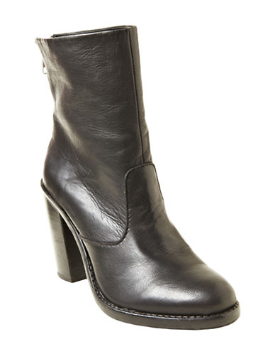 STEVE MADDEN San Jose Leather Ankle Boots