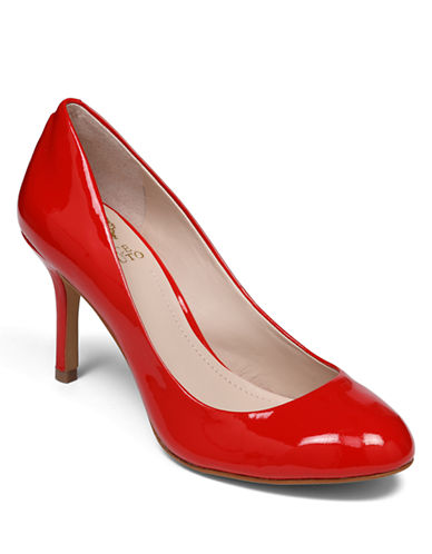 VINCE CAMUTOSariah Patent Leather Pumps
