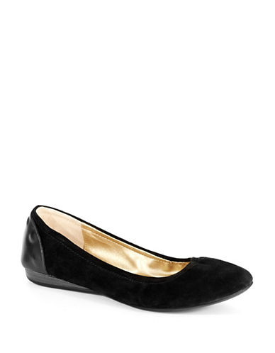 KENNETH COLE REACTION Balla Flats