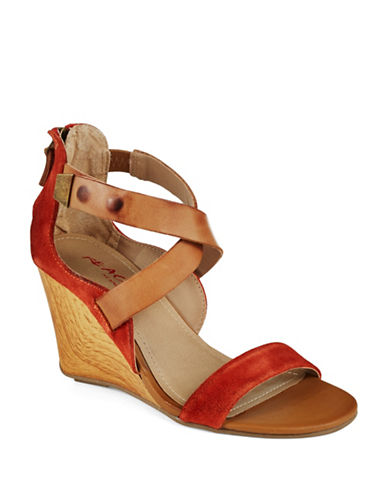 KENNETH COLE REACTIONOh Ava Suede Wedges