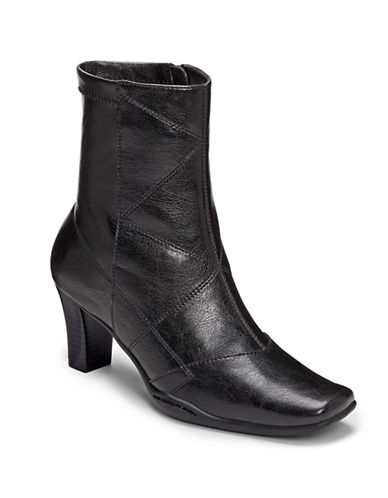 AEROSOLES Cintercity Faux Leather Ankle Boots