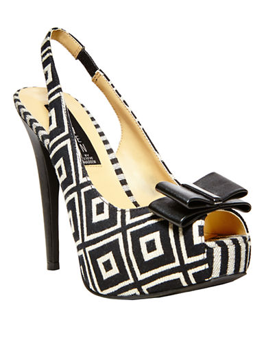 STEVEN BY STEVE MADDEN Carolyn Slingback Pumps