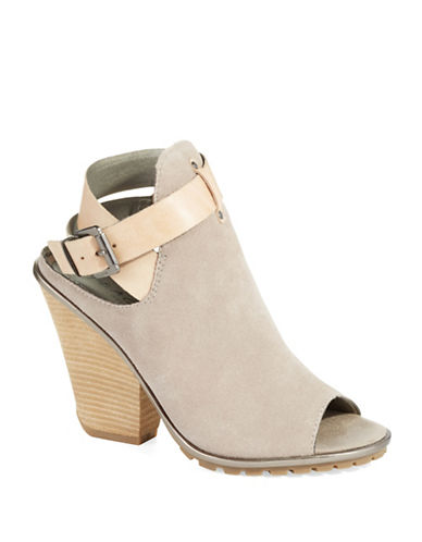 KENNETH COLE REACTION Spark Lee Heel