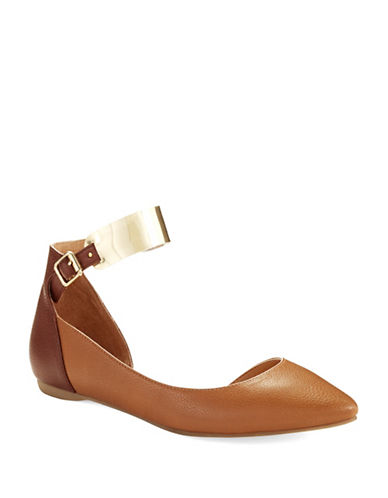 KENNETH COLE REACTION Pose Off Flats