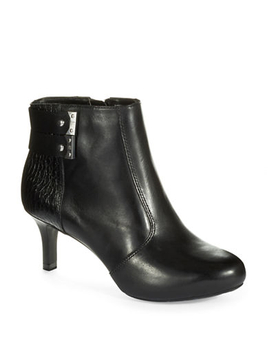 ROCKPORT Two Strap Booties