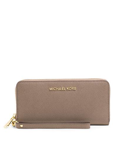 MICHAEL MICHAEL KORSJet Set Leather Travel Tech Continental Wallet