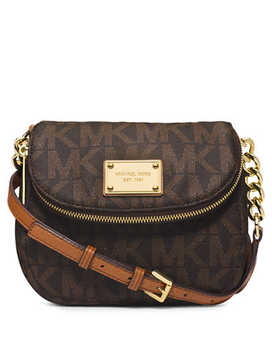 3ef1b1b7283f UPC 888235861951. ZOOM. UPC 888235861951 has following Product Name  Variations: Michael Kors Jet Set Crossbody With Flap ...