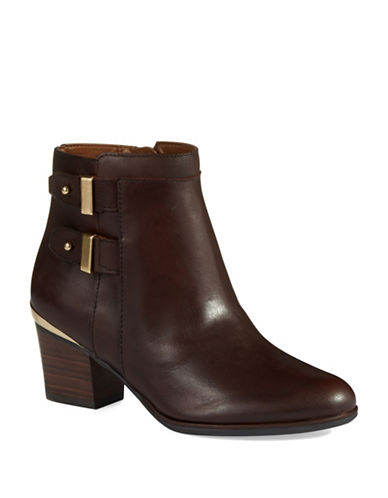 ISAAC MIZRAHI NEW YORK Justice Ankle Boots