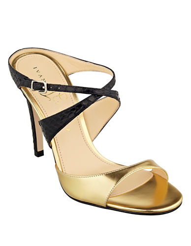 IVANKA TRUMPDavlyn Leather Heels