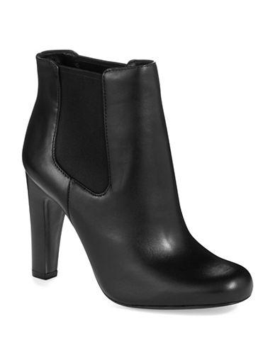 VINCE CAMUTO SIGNATUREGalahad Ankle Boots